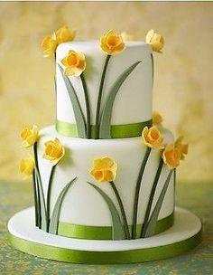 Multi-dimensional tulip wedding cake