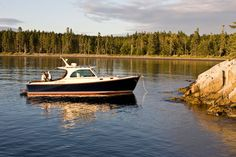 Luxury downeast style picnic boat for the finest cruising yacht. Hinckley Boat, Hinckley Yachts, Fuel Efficiency, Marine Environment, Cool Boats, Yacht Boat, Fishing Boats, Teak, Picnic