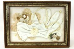 Vintage-Glove-Buttons-Decorative-Shadow-Box-Framed-Wall-Hanging