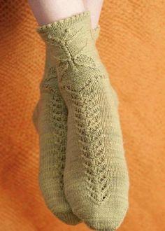 Носки с бабочкой спицами