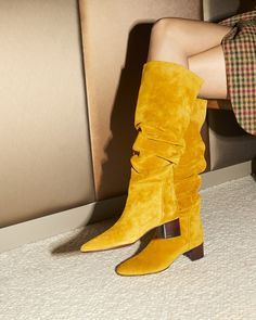 A flat that's still seductive? Slip into the CLELIA. Shades Of Yellow, Thigh High Boots, Thigh Highs, Giuseppe Zanotti, Women's Shoes Sandals, Block Heels, Thighs, High Heels, Lady