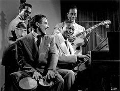 The Nat 'King' Cole Quartet, NYC, 1949 -Herman Leonard (911 x 696 px)