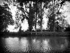 La cabane au bord de l'eau...