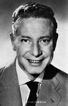 Dieter Borsche (* 25. Oktober 1909 in Hannover  † 5. August 1982 in Nürnberg) war ein deutscher Theater- und Filmschauspieler.