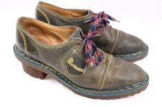 DOC DR MARTENS Vintage Olive Green Leather Heeled Oxford Granny Shoe Women 9 #DrMartens #Oxfords