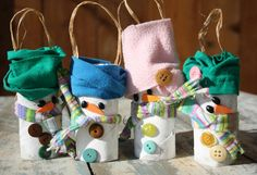 A little bit cookie-cutter, but these toilet paper tube snowmen are too adorable to leave out! I'm sure they can be adapted to become more creative!
