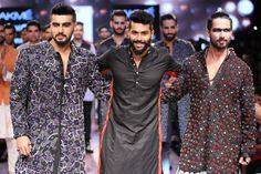 Stylefluid Trendz: Shahid Kapoor & Arjun Kapoor charmingly eccentric in their dark smoky eye makeup at the Kunal Rawal – Lakme Fashion Week Lakme Fashion Week 2015, Mens Fashion Week, Fashion Updates, Fashion News, Kunal Rawal, Wedding Sherwani, Kids Lehenga, Arjun Kapoor, Latest Designer Sarees