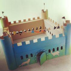 homemade cardboard castle by Sofie Verhoeve