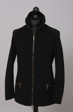 Herren Outdoorjacke, Verbindung von Funktionalität und Design aus wind - und wasserdichtem Material und atmungsaktiv. Farbe: schwarz #outdoorjacke