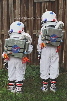 halloween costumes for boys Parrish Platz: Halloween 2015 Nasa Costume, Diy Astronaut Costume, Rocket Costume, Astronaut Party, Astronaut Halloween, Space Costumes, Boy Costumes, Horse Costumes, Family Costumes