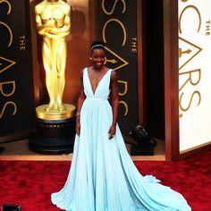 Lupita Nyong'o on the #oscars2014 red carpet. Love? #oscars
