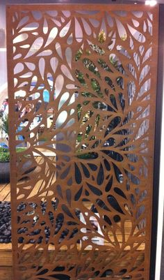 Garden screen using metal Metal Room Divider, Sliding Room Dividers, Room Divider Screen, Wall Dividers, Laser Cut Screens, Laser Cut Panels, Metal Panels, Balcony Privacy Screen, Outdoor Screens