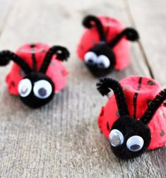 How to make ladybug from a recycled egg carton .- How To Make Ladybug From A Recycled Egg Carton. So cute! The perfect children& craft … - Crafts For Kids To Make, Fun Crafts For Kids, Summer Crafts, Toddler Crafts, Preschool Crafts, Easy Crafts, Art For Kids, Activities For Kids, Arts And Crafts