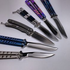 Pretty Knives, Cool Knives, Knives And Swords, Ninja Weapons, Weapons Guns, Knife Aesthetic, Bali Baby, Switchblade Knife, Steel Image