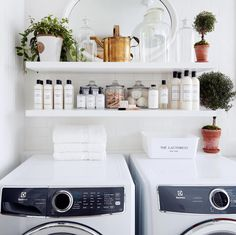 How To Wash Blended or Mixed Fabrics | The Laundress #laundrytips #laundry #washingtips #cleanhome #homecleaningtips #homeorganization Linen Closet Organization, Organization Hacks, Organizing, Mirror Cleaner, Small Space Solutions, Rubber Flooring, Tidy Up, Laundry Room, Cleaning