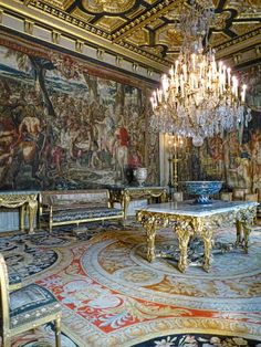 The State Salon at Fontainebleau Castle , France