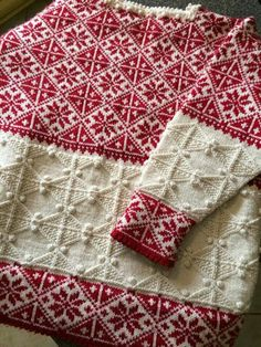Red/white colorwork and texture