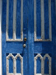 so i am going to have to paint my front door blue soon.