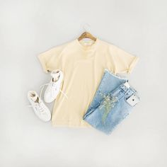 Washed Cotton Short Sleeve Tee, Yellow, Round Frame Glass, Yellow and Side Cutting Detail Jean, Blue