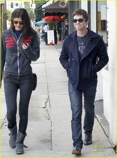 Logan Lerman & Alexandra Daddario: West Hollywood Lunch!   logan lerman alexandra daddario 01 - Photo