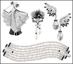 Broche, clip, brincos e pulseira, da linha Le Bal Black and White. Todos com um toque Art Déco em homenagem à arquitetura dos arranha-céus de Nova York, de Van Cleef & Arpels