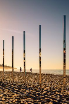 An arc of mirrored posts installed by American artist Phillip K Smith III reflected the colours of the Southern Californian landscape as they changed throughout the day