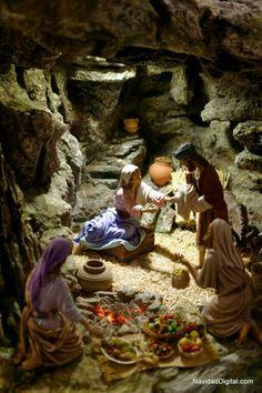 Christmas In Italy, Christmas Scenery, Christmas Village Display, Christmas Nativity Scene, Christmas Villages, Christmas Carol, Christmas Crib Ideas, Christmas Decorations, Biblical Costumes
