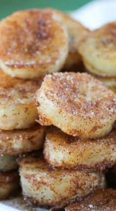 Pan Fried Cinnamon Bananas.Only three ingredients and a couple of hours to freeze these babies and one of the most incredible 3-ingredient desserts is done!