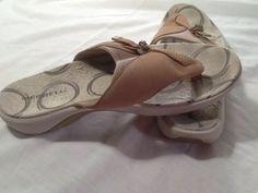 Merrell Performance Women's Sandals, Sporty Flip Flops, US 9 Comfort, Quality