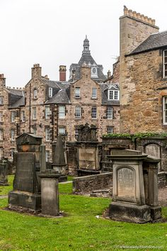 This is Greyfriars Kirkyard, Edinburgh. This travel itinerary for 4 days in Edinburgh, Scotland has the best Edinburgh itinerary for your trip to Scotland. It has everything from Edinburgh Castle to Edinburgh University and more. If you're looking for the best things to do in Edinburgh, this great Edinburgh itinerary has it all.