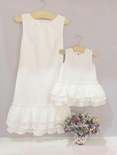 37 Best Ideas For Baby Kids Clothes Mom, Diy Abschnitt, Mom And Baby Dresses, Mom Dress, Baby Outfits, Little Girl Dresses, Kids Outfits, Mother Daughter Matching Outfits, Mother Daughter Fashion, Mother Daughters, Mama Baby