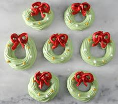 Meringue cookies, but I think they would be great cupcake toppers! SalleeB