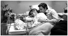 jim and pam and baby halpert