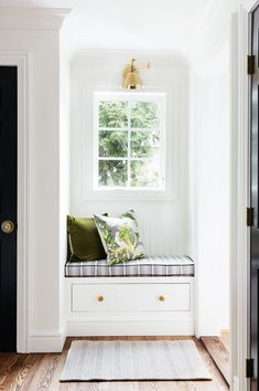 You won't believe that this sunny mudroom nook used to be a kitchen pantry. Seasoned DIYer Erin Kestenbaum breaks down the DIY bench. Diy Bank, Shoe Drawer, Tongue And Groove Panelling, Cozy Nook, Cozy Corner, Built In Bench, House Rooms, Mudroom, Home Projects