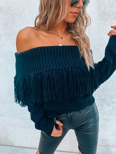Off Shoulder Sweater, Off Shoulder Blouse, Jeep Golden Eagle, Fringe Sweater, Tassels, Model, Sweaters, How To Wear, Outfits