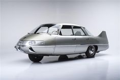 1960 Pininfarina X A fully experimental model built by the Italian coachbuilder, the X was meant to explore how cars might radically change in the Jet Age.