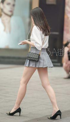 Cute Asian Girls, Beautiful Asian Girls, Beautiful Legs, Sexy Outfits, Sexy Dresses, Cute Outfits, Japan Girl, Nice Legs, Sexy Stockings