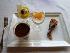 "Agosto, Pranzo ""IL TEATRO""(Ristorante), Hotel Chinzanso Tokyo, Mejiro Tokyo Japan"