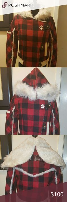 Vintage Rocawear Plaid Bomber Jacket w/ Fur Hood Plaid Rocawear Bomber Jacket w/ faux fur lining and faux fur zip up hood. Great jacket for the winter, super warm. Pre-loved  worn once or twice. Rocawear Jackets & Coats Puffers