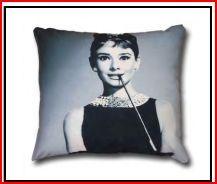 DECOR - audrey hepburn Audrey Hepburn, Cushions, Throw Pillows, Decor, Cushion, Decorative Pillows, Decorating, Pillows, Dekoration