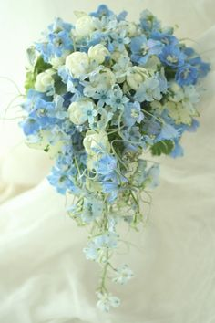 Captivating Choosing Your Wedding Flowers Ideas. Remarkable Choosing Your Wedding Flowers Ideas. Light Blue Flowers, Blue Wedding Flowers, Bridal Flowers, Love Flowers, Floral Wedding, Beautiful Flowers, Bridal Bouquet Blue, Cascade Bouquet, Bride Bouquets