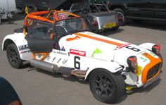 Caterham Roadsport Championship, limited to previous years academy drivers.