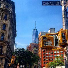 A view of World Trade Center from the Corner of Canal street and West Broadway NYC. . #NewYork#Manhattan#NYC#NY#explorenyc#nyc_explorers#travel#amazing#just_newyork#loves_nyc#amazing#newyork_instagram#travel#scenes#amazingpic#humansofny#just_newyork#instapic#nbc4ny#abc7ny#picoftheday#what_i_saw_in_nyc#pix11#nypics#nypix#newyorkforall#newyorkcity#wtc#sun