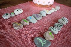 stones (http://frauliebe.typepad.com/frauliebe/2011/11/7.html)
