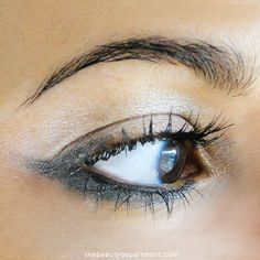 Get out of that makeup rut with some NEW EYE INSPO! Click through to see more!