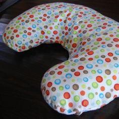 Free Nursing Pillow Pattern and Breastfeeding Pillow Slipcover Tutorial