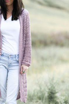 Crochet Slipper Pattern, Crochet Cardigan Pattern, Crochet Slippers, Crochet Yarn, Free Crochet, Crochet Patterns, Crochet Sweaters, Crochet Ideas, Crochet Projects