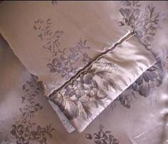 Alors là, c'est une découverte épatante. M odern Sewing Patterns est un nouveau site rempli de patrons de vêtements gratuits pour hommes, femmes et enfants. Vous y trouverez des patrons en tailles S à XL et pour certains patrons la taille XXXL. Tout est...