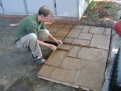 "DIY concrete patio form - why didnt I think of this to make the big 3x3 patio ""pavers"" that I like"