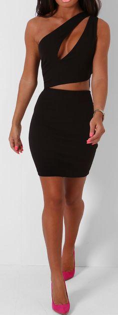 Pink Boutique Seville black one shoulder asymmetric #dress http://www.pinkboutique.co.uk/new-in/seville-black-one-shoulder-asymmetric-dress.html #pinkboutique
